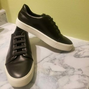Vince Bolton Laceless Leather Sneaker